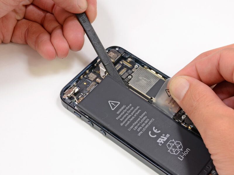 Iphone замена аккумулятора своими руками